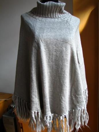 银灰马海毛织的