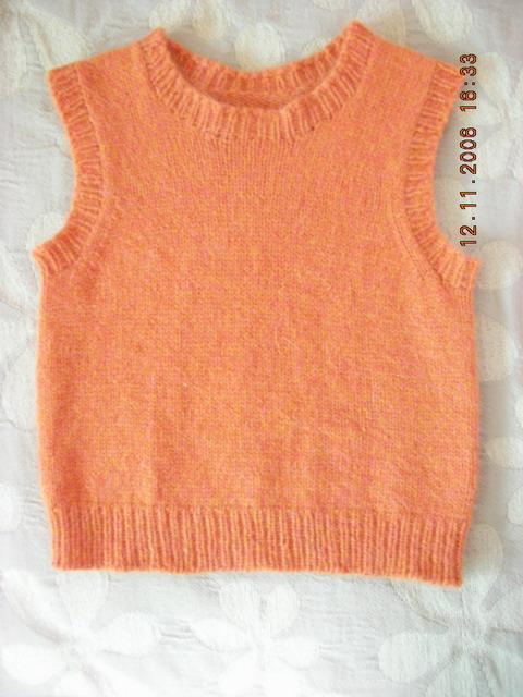 雨妈的兔羊毛混纺的线织的背心,全平针,简单,快。。