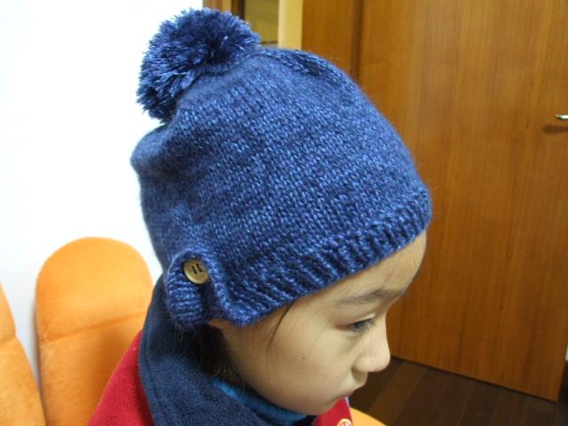 简单又漂亮的帽子,刚织出来,是新的,有谁要买的话可以给我消息