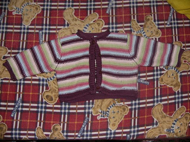 这件织小了.
