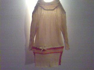 女儿的连身裙