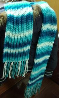 新织的围巾