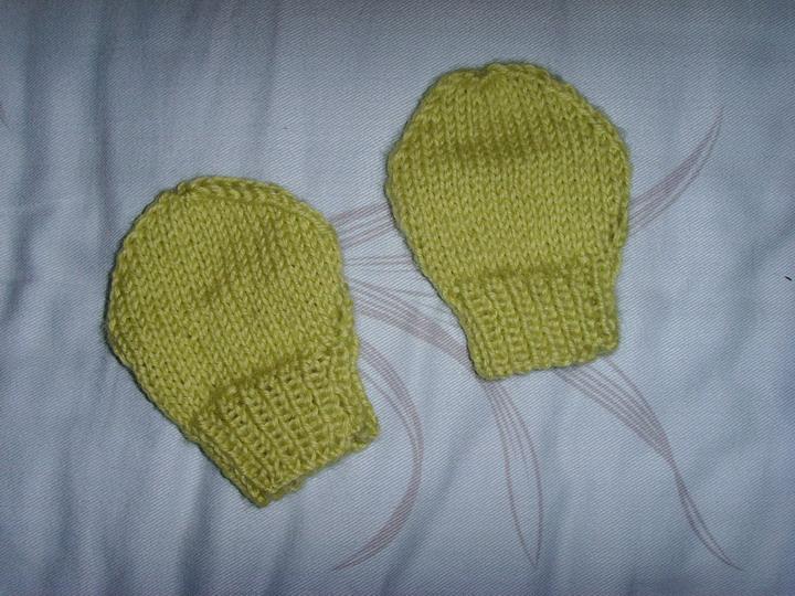 这是昨天完工的小手套