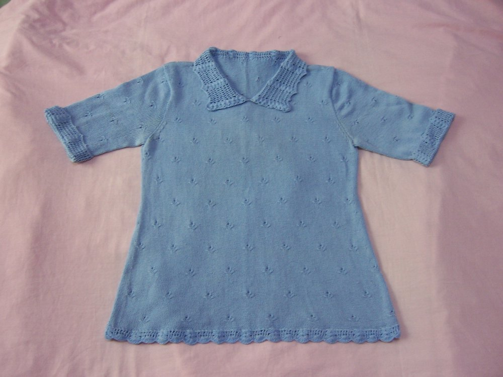 2.蓝色钩织合编衣,5股丝光棉,舒适透气