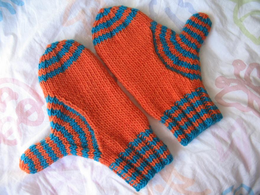 Target Wave Mitts