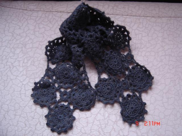 拼花的围巾.我的第一件成品