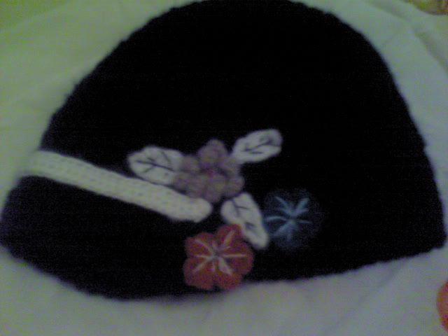 买的黑色马海毛钩的帽子