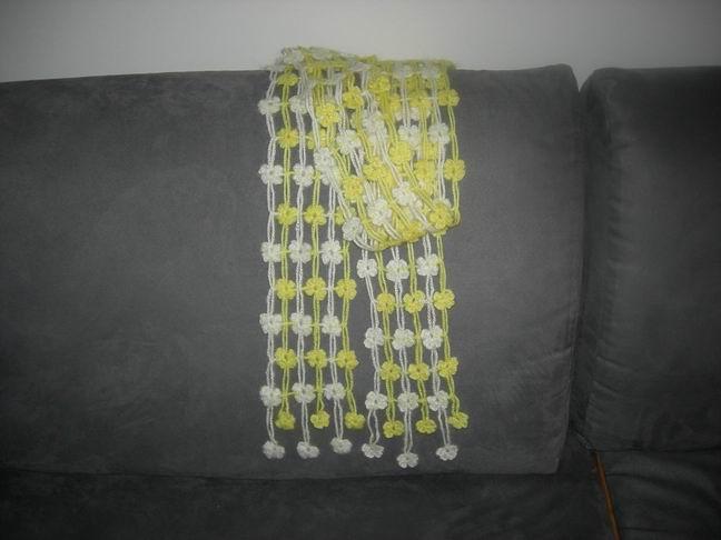 黄白两色四叶草1.jpg
