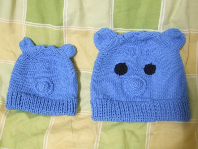 左边的帽子小了,右边的是重新织的