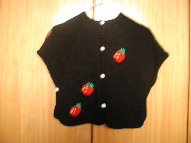 草莓毛衣3.jpg