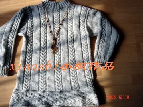 中粗毛线,织出来效果好一些,即松软又保暖,手感也好