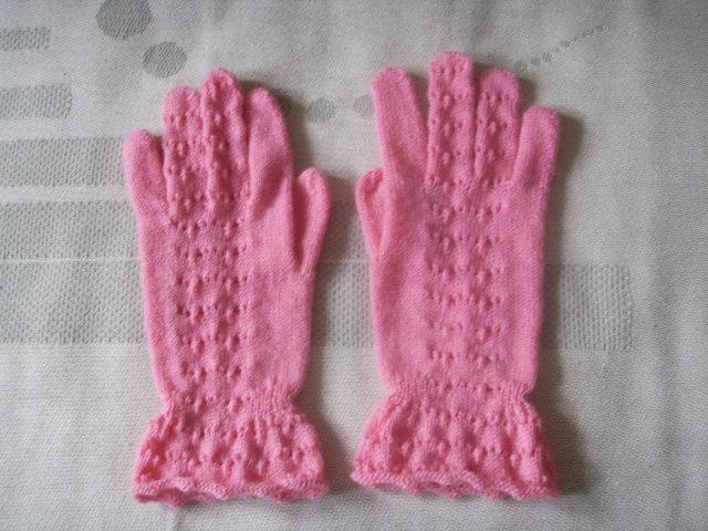 今年新织的手套