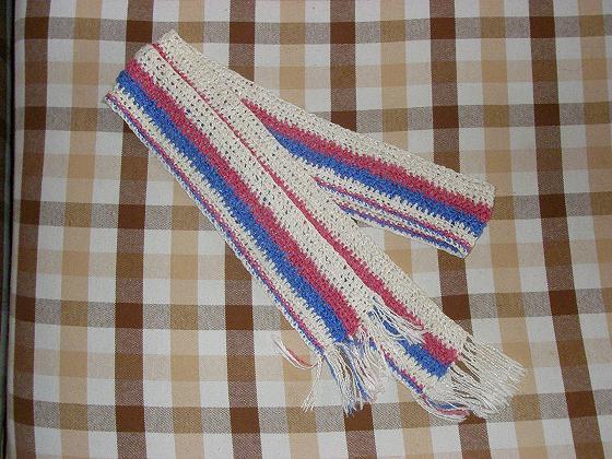围巾是织马甲剩的线钩的
