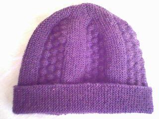 新学的花样,给花人织的帽子