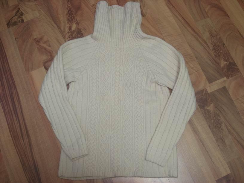 这是七年前织的本人平生第一件插肩毛衣