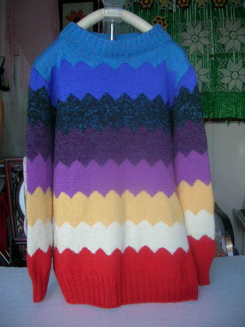 红燕子手工服装系列:货号:RSA006。材料:恒源祥三七毛,适合人群:150-170CM的价格:180元.JPG