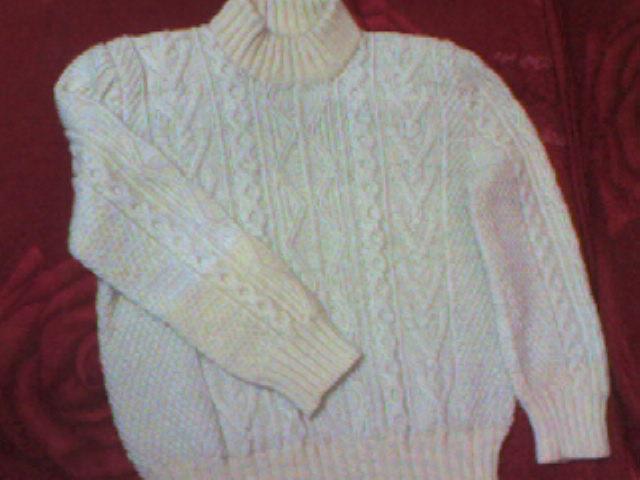 儿子长大了,翻的毛衣.袖子是新线