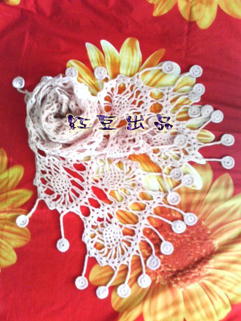 06年的最后一件作品~已经戴了有点旧的围巾~