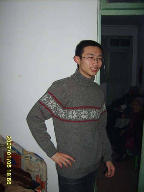 弟弟穿上的照片 (1)