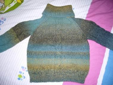 去年给儿子织的毛衣