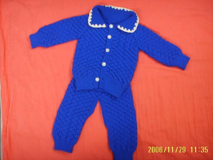 宝宝明年农历四月出生,可能刚好穿。