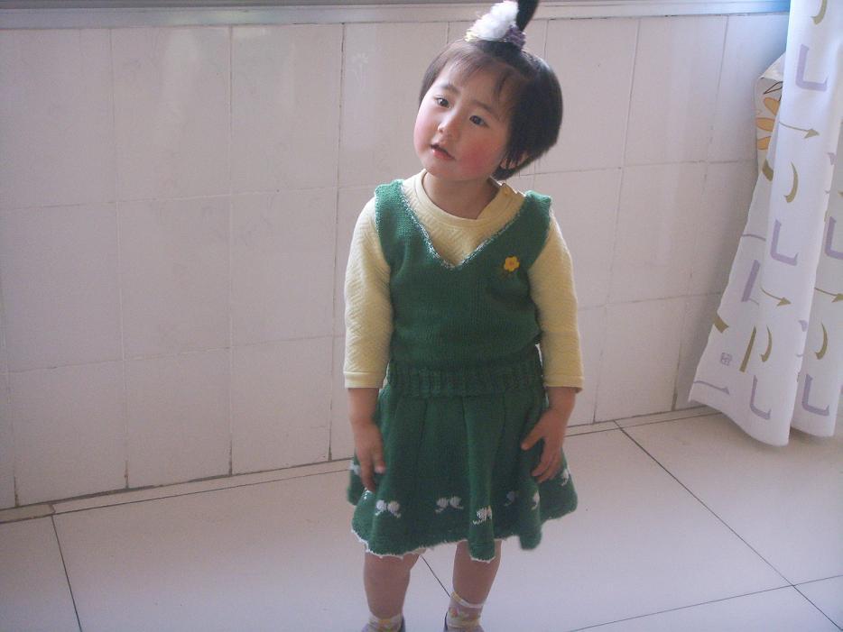 绿套裙2.JPG
