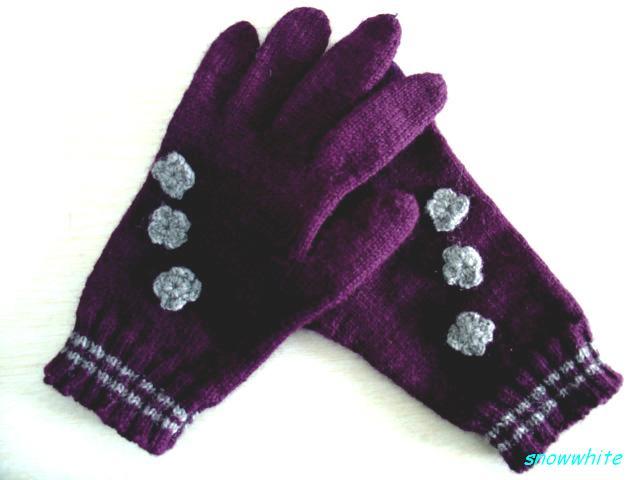 新加给好朋友的手套,我先试试
