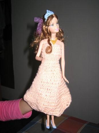 我钩的芭比娃娃裙子