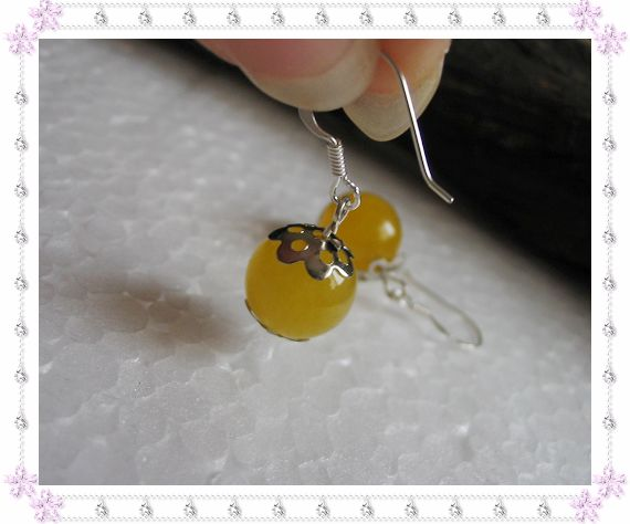 925银耳钩+天然黄玉10.00元