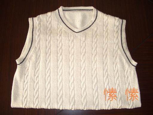 用的是恒源祥的羊绒型羊毛,水洗后手感很好