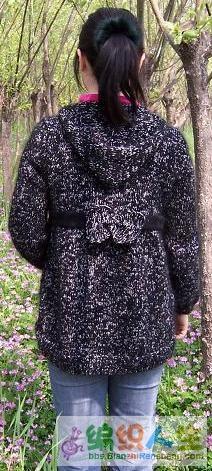 黑色外套背景.JPG