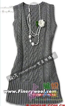 灰色长款无袖连衣裙