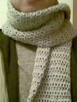给老公的简单围巾,自己围上就变成今年最流行的款式了 呵 2005 2010