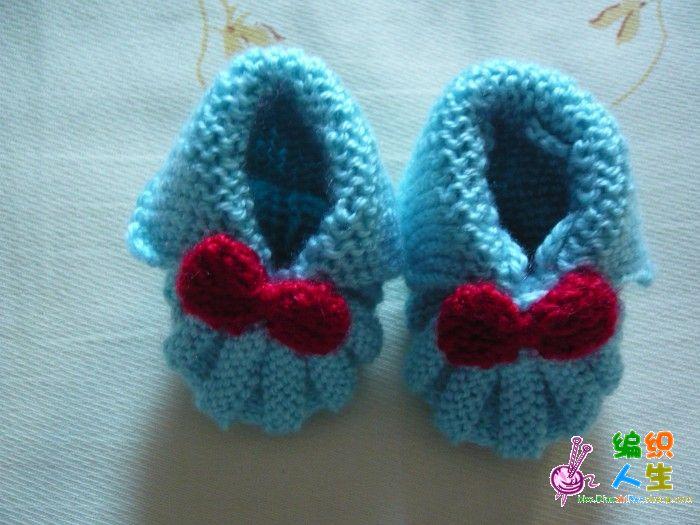 送给虎宝宝的小衣服和鞋子