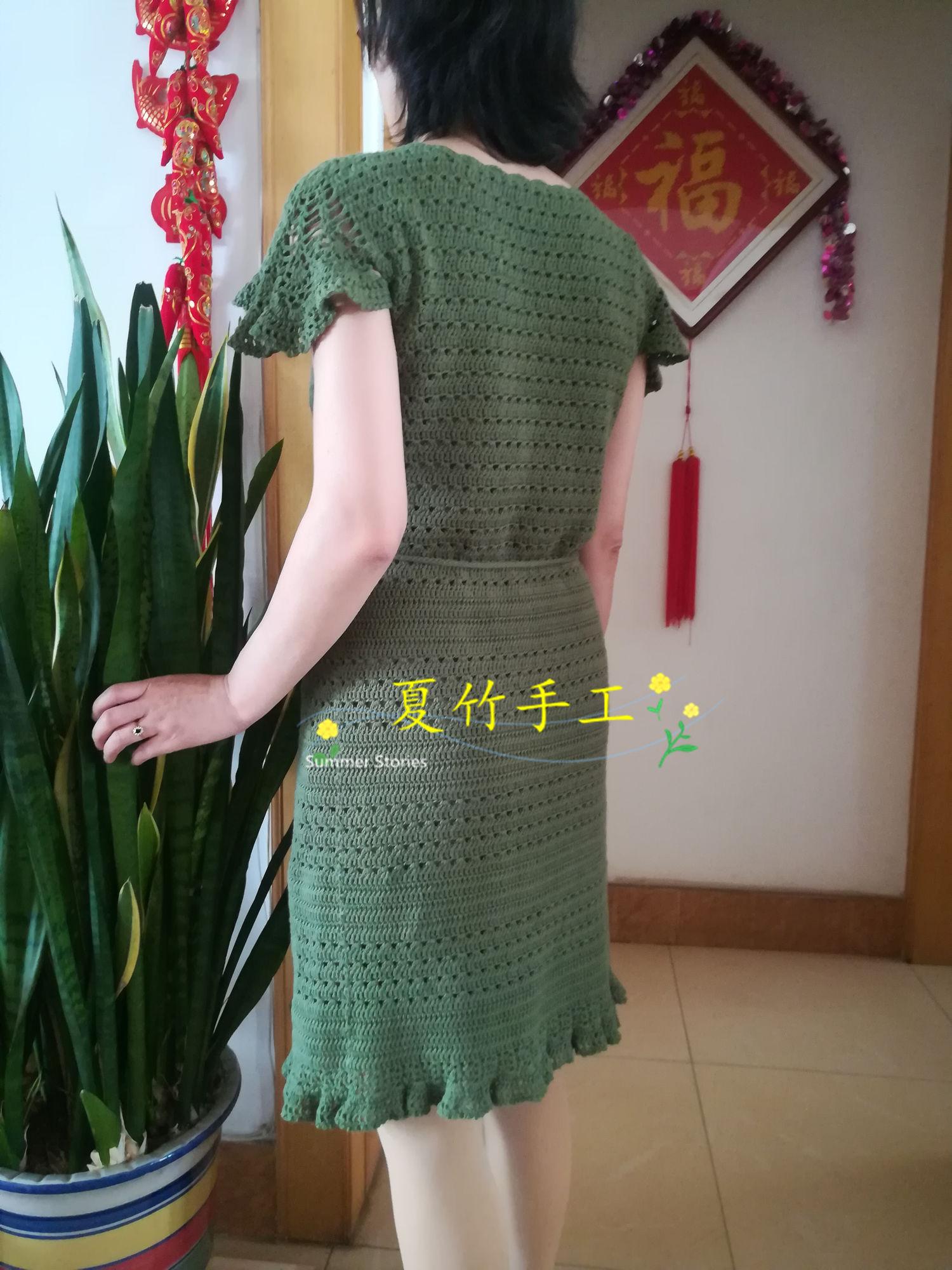 女士钩针小飞袖连衣裙