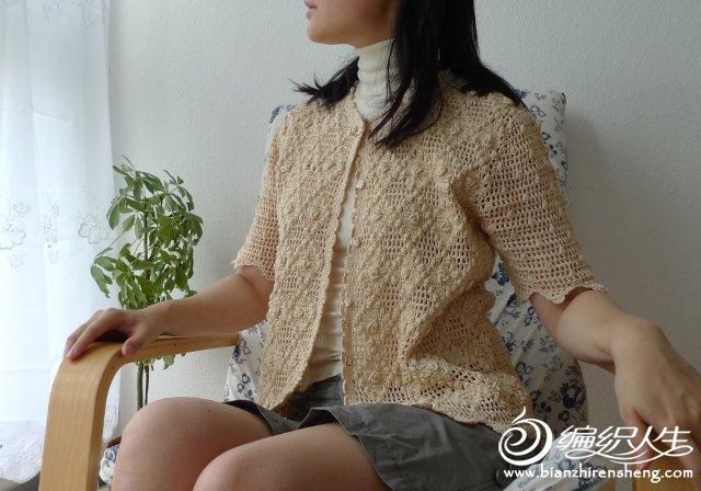 女士钩针短袖开衫毛衣