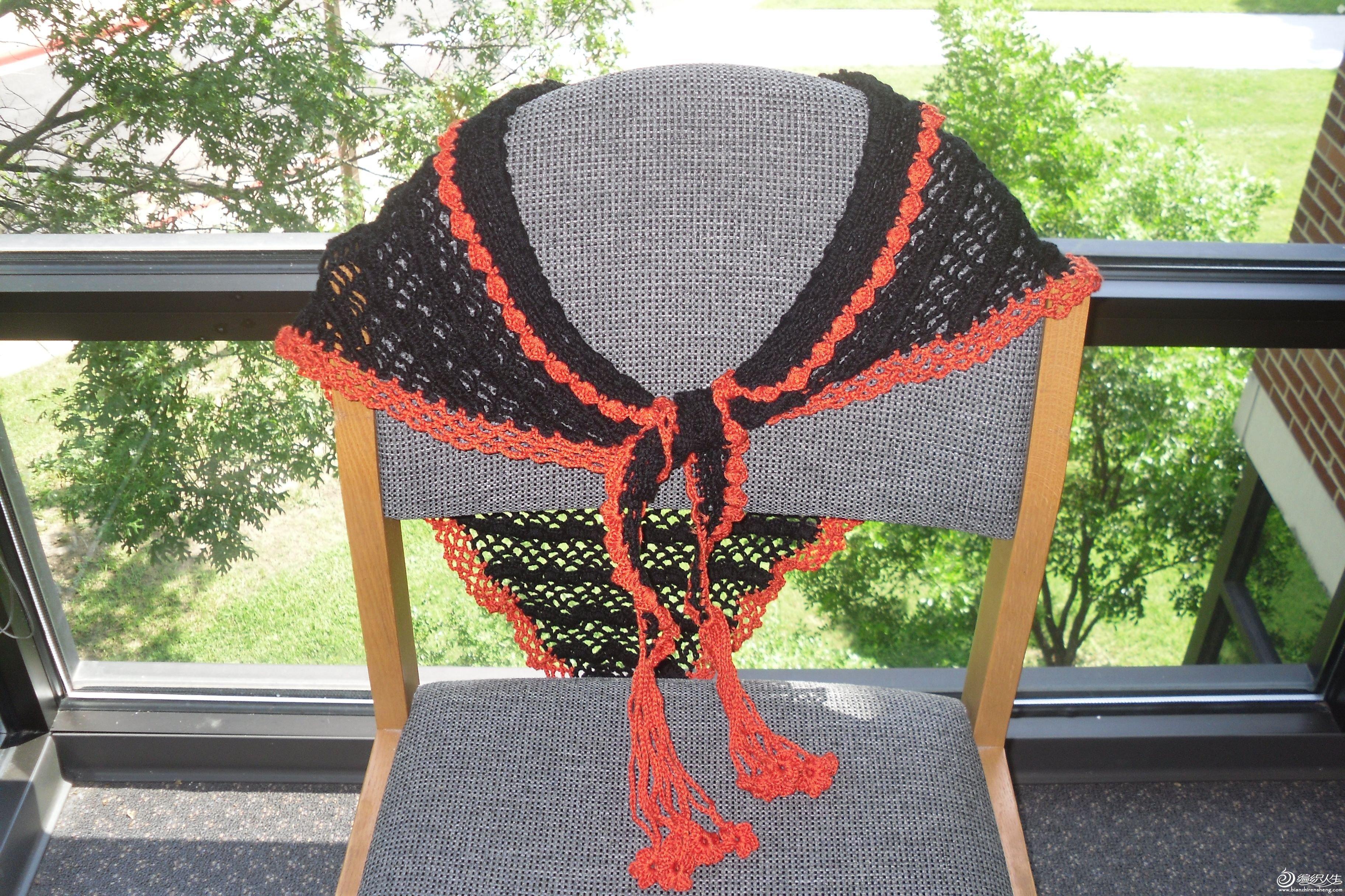 黑色三角巾3.jpg