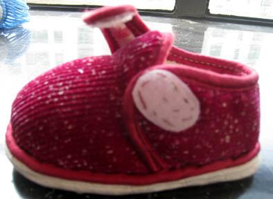 红棉鞋侧面2.jpg