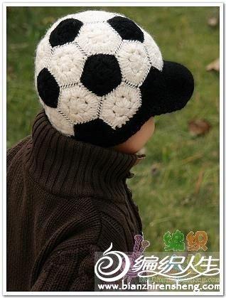 钩针足球帽
