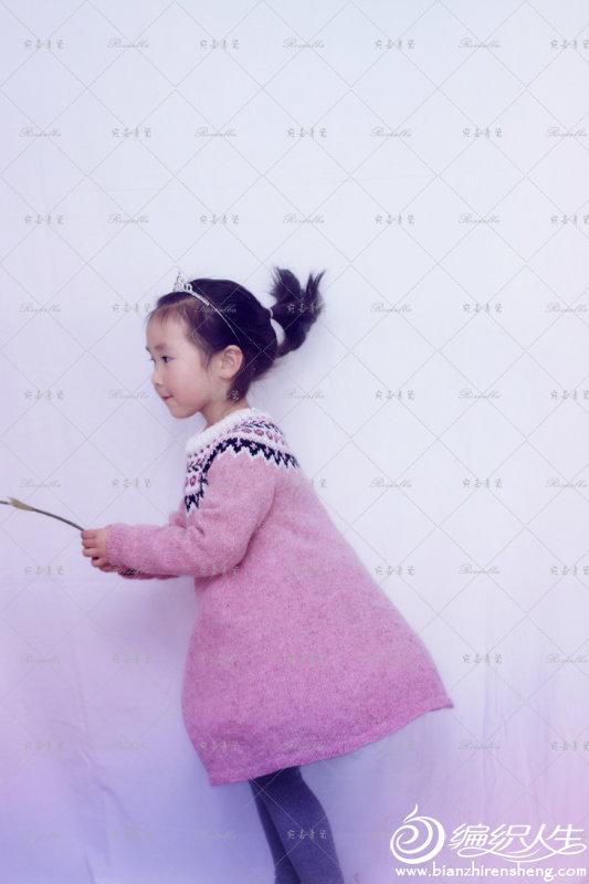 女童棒针提花连衣裙