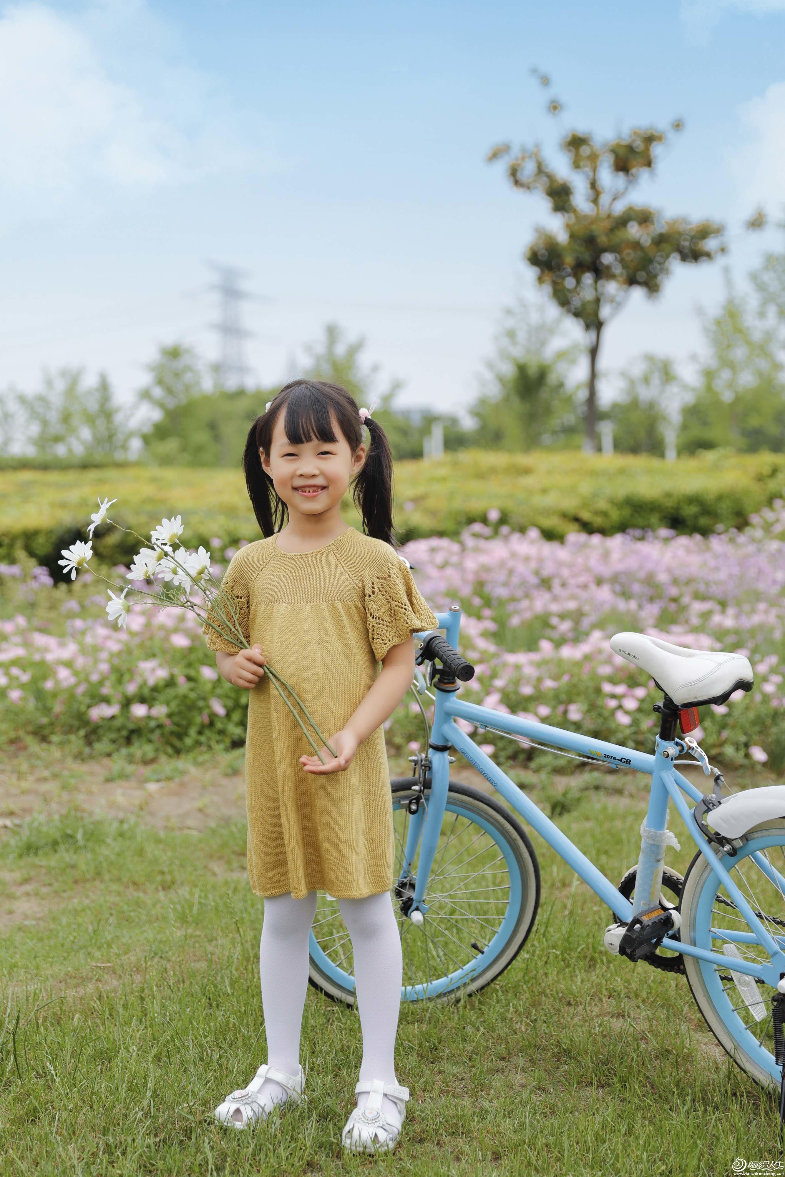 儿童棒针插肩短袖连衣裙