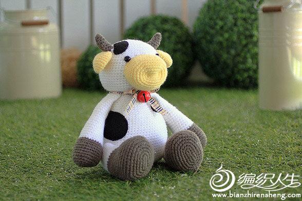 sitting-cow-amigurumi 拷贝.jpg