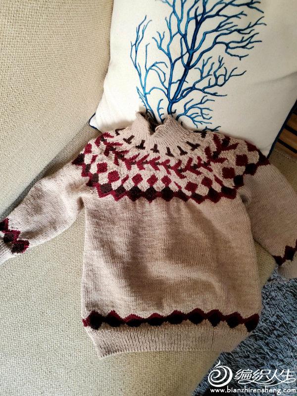 男童棒针提花毛衣