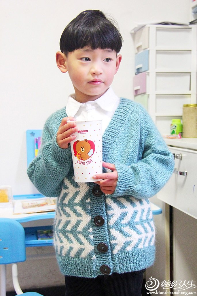兒童棒針提花開衫毛衣