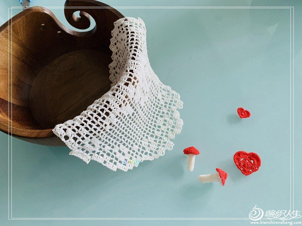 钩针蕾丝装饰垫
