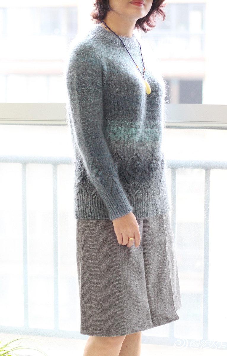 女士棒针段染毛衣
