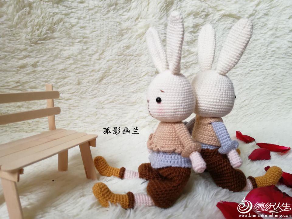 毛线编织钩针兔子玩偶