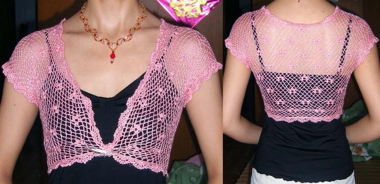 粉红天丝外套  新穿法  这件早就钩好了,是下面中的一件,呵呵,换个新穿法而已。